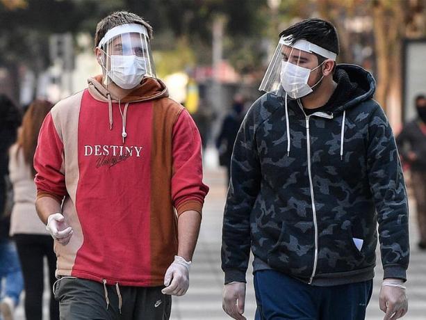 Chile's COVID-19 cases surpass 90,000