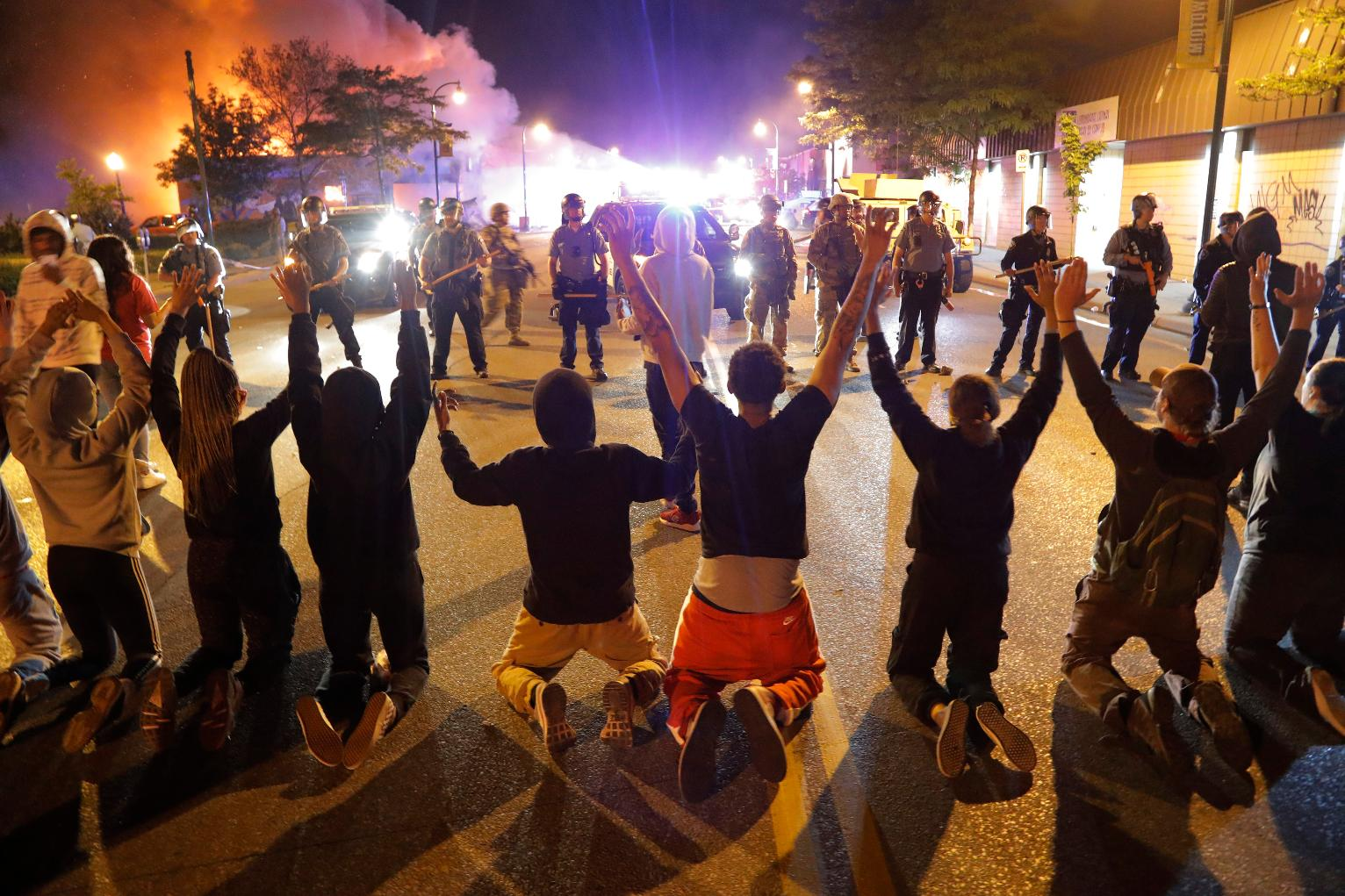 Thousands ignore Minneapolis curfew as US protests spread