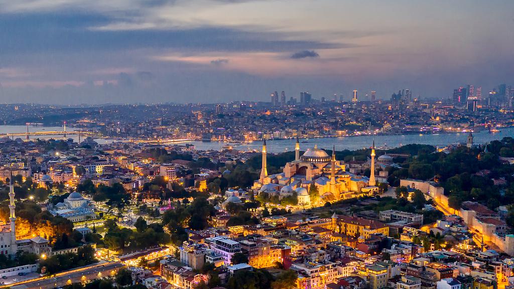 Turkey to resume domestic flights as of June 1
