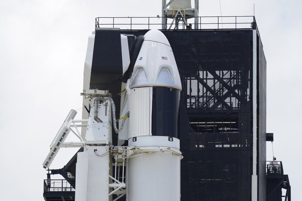 NASA and SpaceX make historic launch from US soil