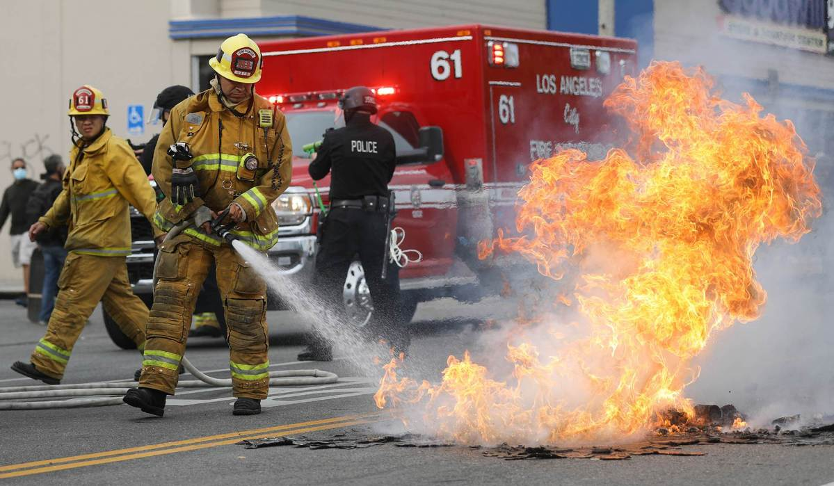 New curfews announced throughout Los Angeles area