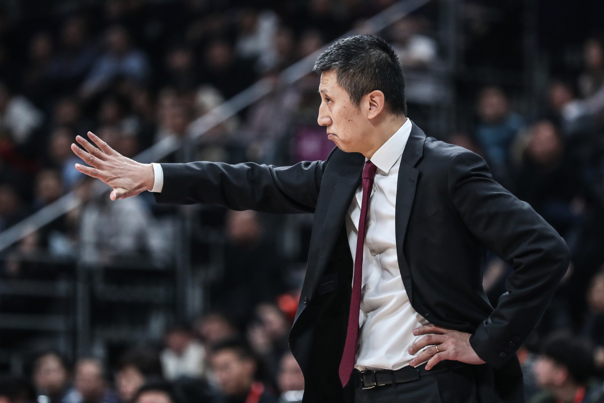 No pay cut yet for CBA giants Guangdong, says head coach Du