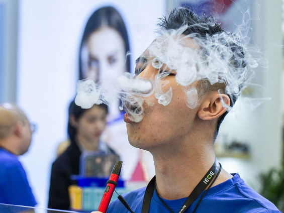Fewer student smokers, but more vapers