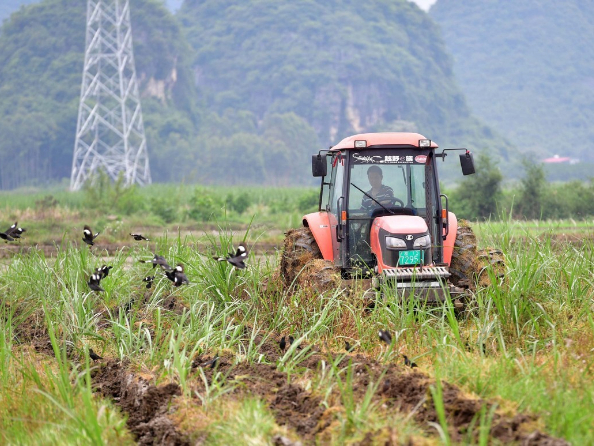 Chinese legislators to inspect enforcement of law on promoting agricultural mechanization