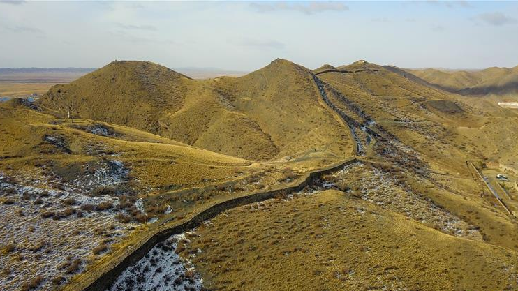 Repair starts on 2,000-year-old Great Wall section in Inner Mongolia