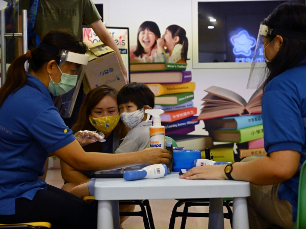 Singapore reports 517 new COVID-19 cases, raising total to 36,922