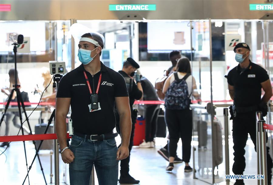 Italy lifts national and European travel ban as pandemic slows down