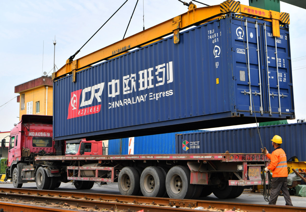 China's foreign trade to regain momentum in H2