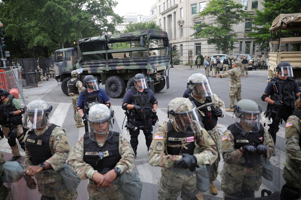 Use of troops to quell unrest vexes Pentagon