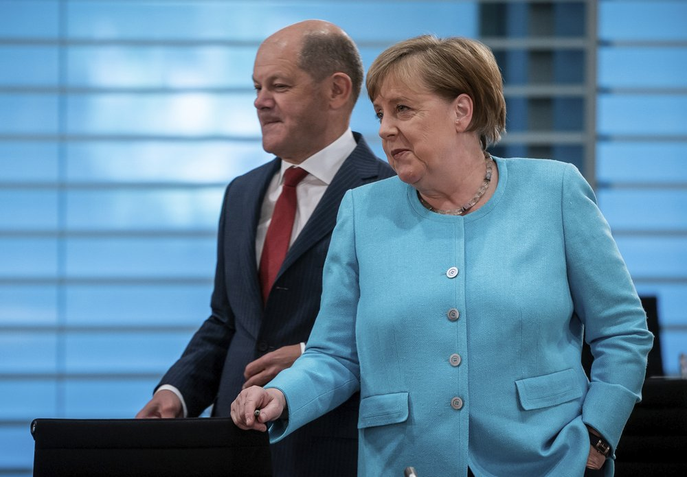 European jobless rate up modestly, Germany mulls stimulus