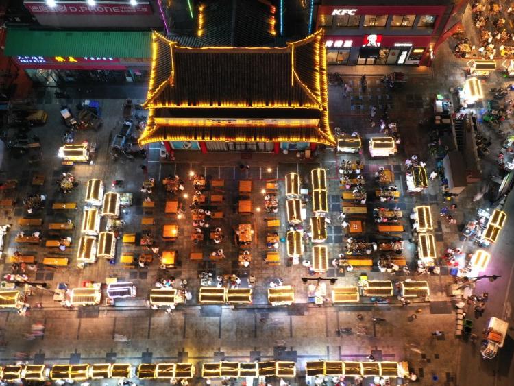 Roadside stalls boost local economies