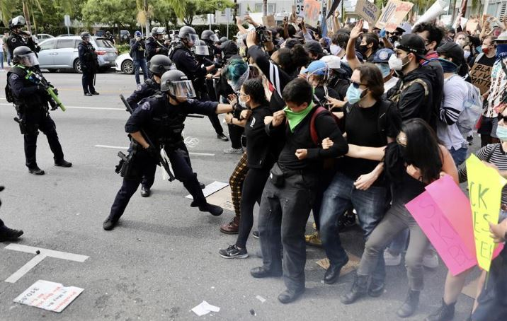 Curfew lifted in Los Angeles County as peaceful protests continue across Southern California
