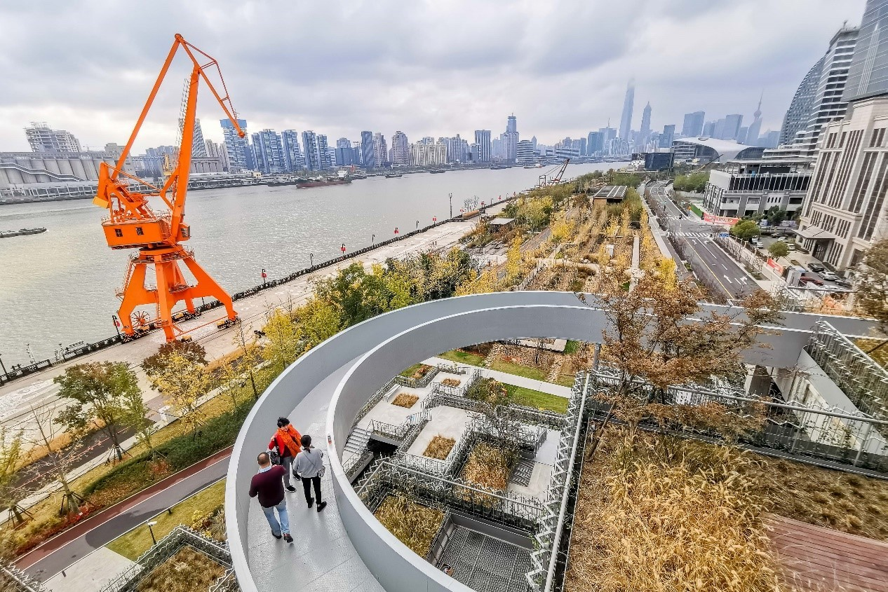Huangpu River waterfront brings brand new look to Shanghai's urban scenery