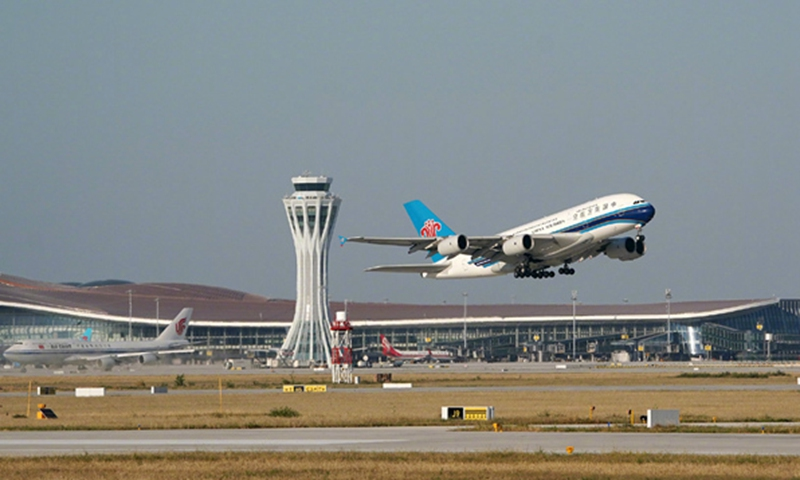 China's daily air passenger numbers hit new high in 4 months to top 1 million