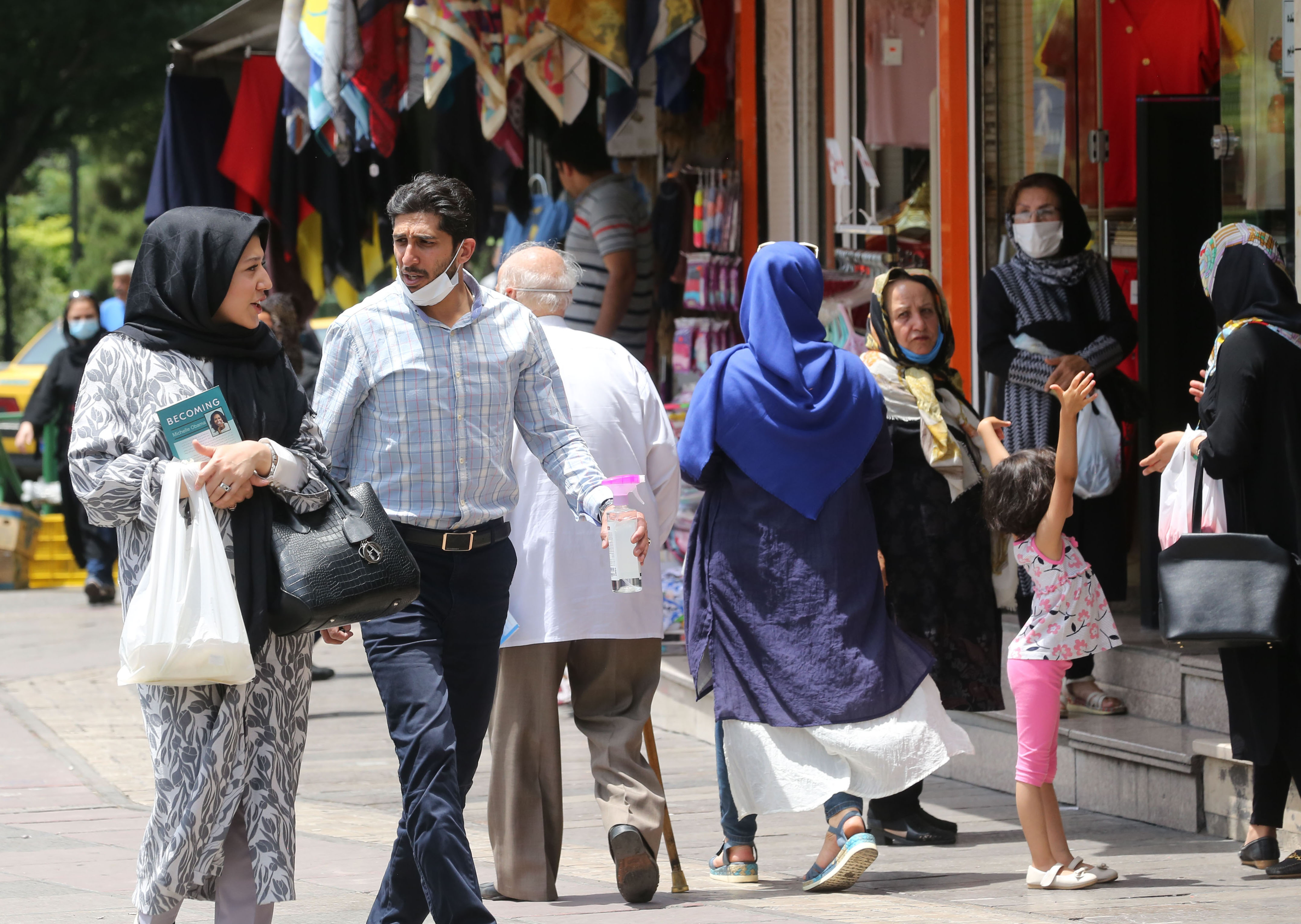 Iran's COVID-19 cases rise to 173,832 with 2,043 new infections