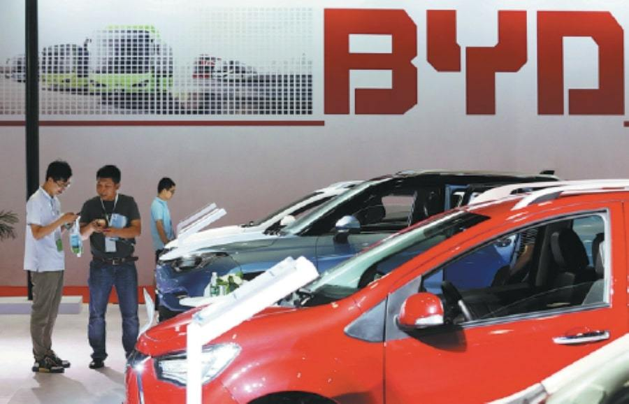 Battery makers in demand with global carmakers