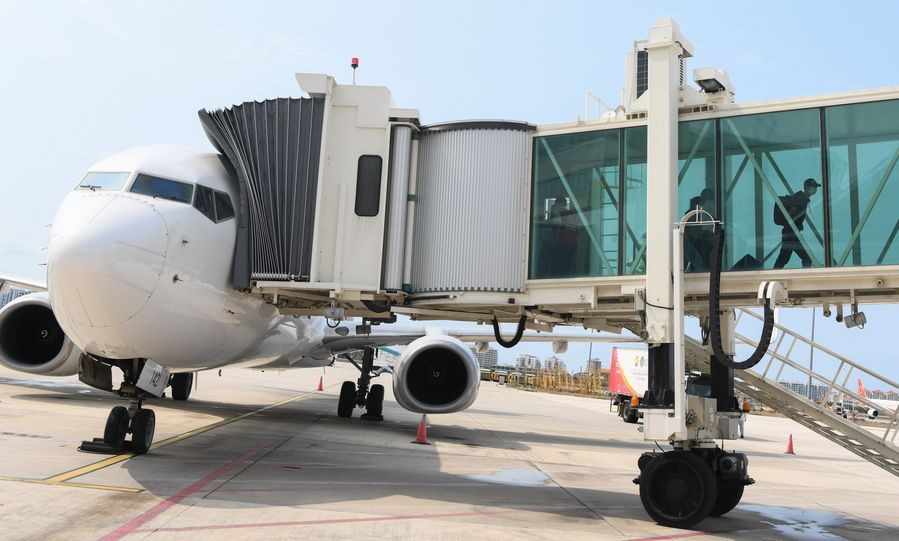 Intl airline set up in Sanya to boost Hainan free trade port