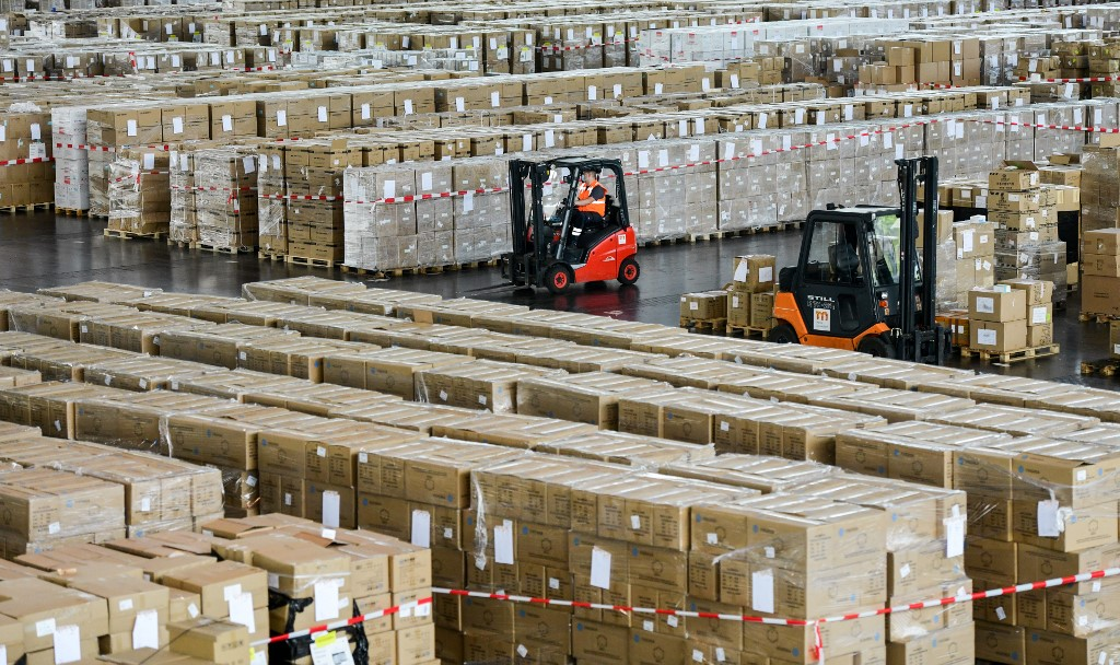 Germany to lift land border checks late Monday