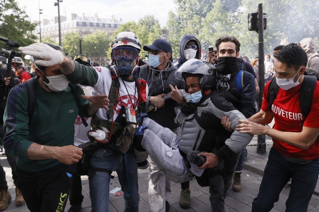 French police clash with anti-racism protesters in Paris