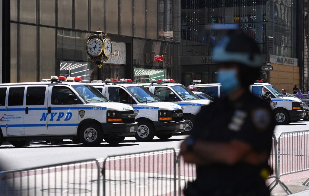 New York Governor Cuomo urges communities to reform police forces within nine months
