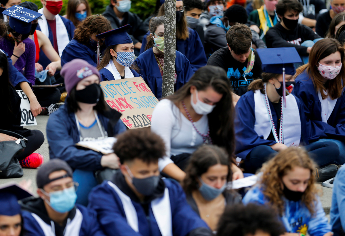 US public schools cancel contracts with police amid Floyd protests