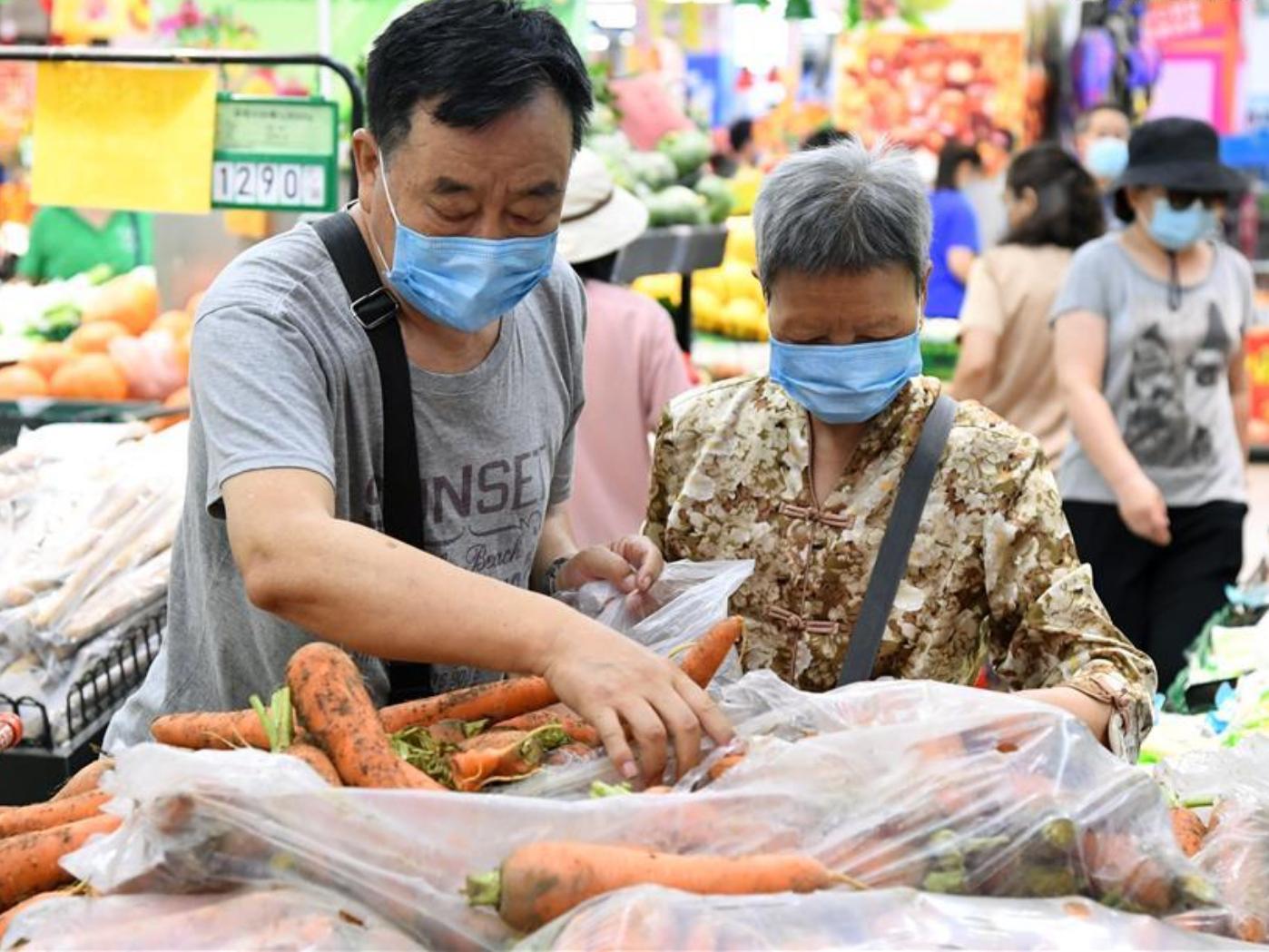 Beijing disinfects 276 farm produce markets amid COVID-19 fears