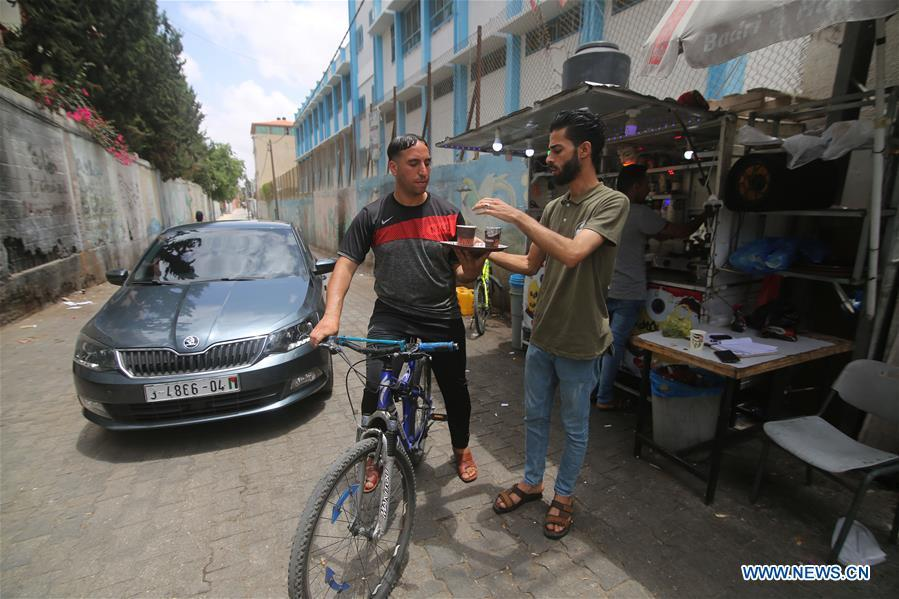 Feature: Youths set up income-generating projects to overcome hardship in Gaza Strip