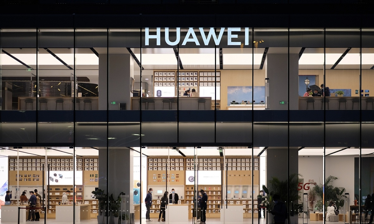 Overseas telecoms operators ready to stockpile Huawei equipment in face of US crackdown