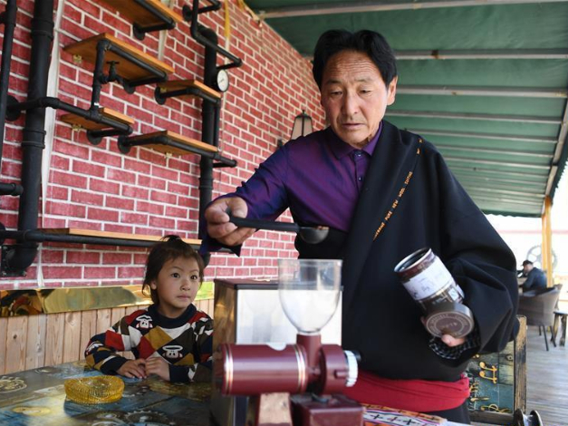 Village in NW China promotes culture and tourism industry to boost incomes