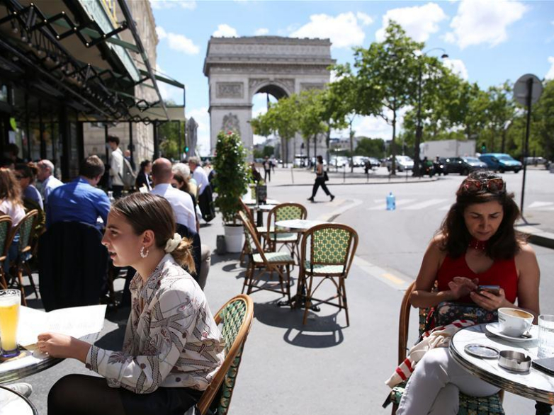 France's COVID-19 deaths up by 7 to 29,640