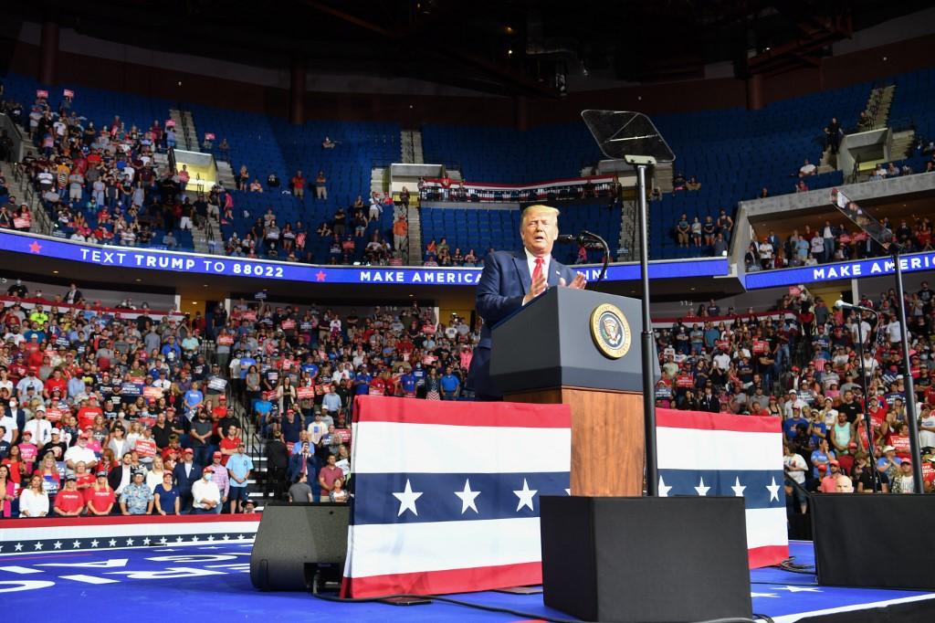 Two more Trump campaign staffers positive for COVID-19