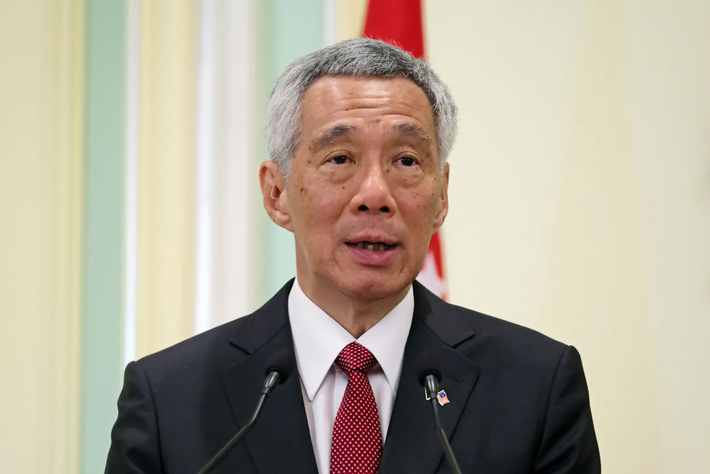 Singapore heads for polls despite virus outbreak