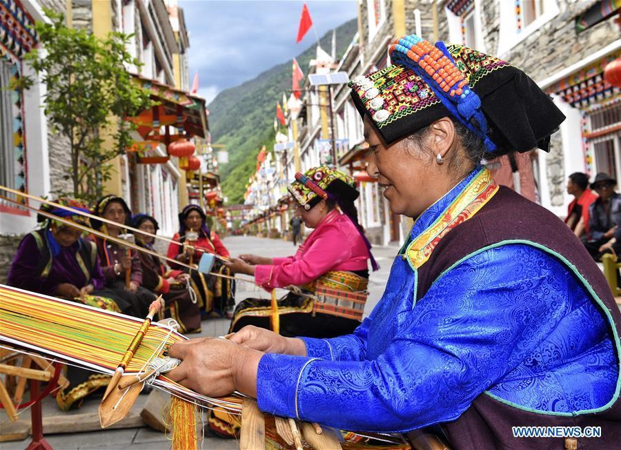Ethnic culture thrives in Aba Tibetan and Qiang Autonomous Prefecture, SW China