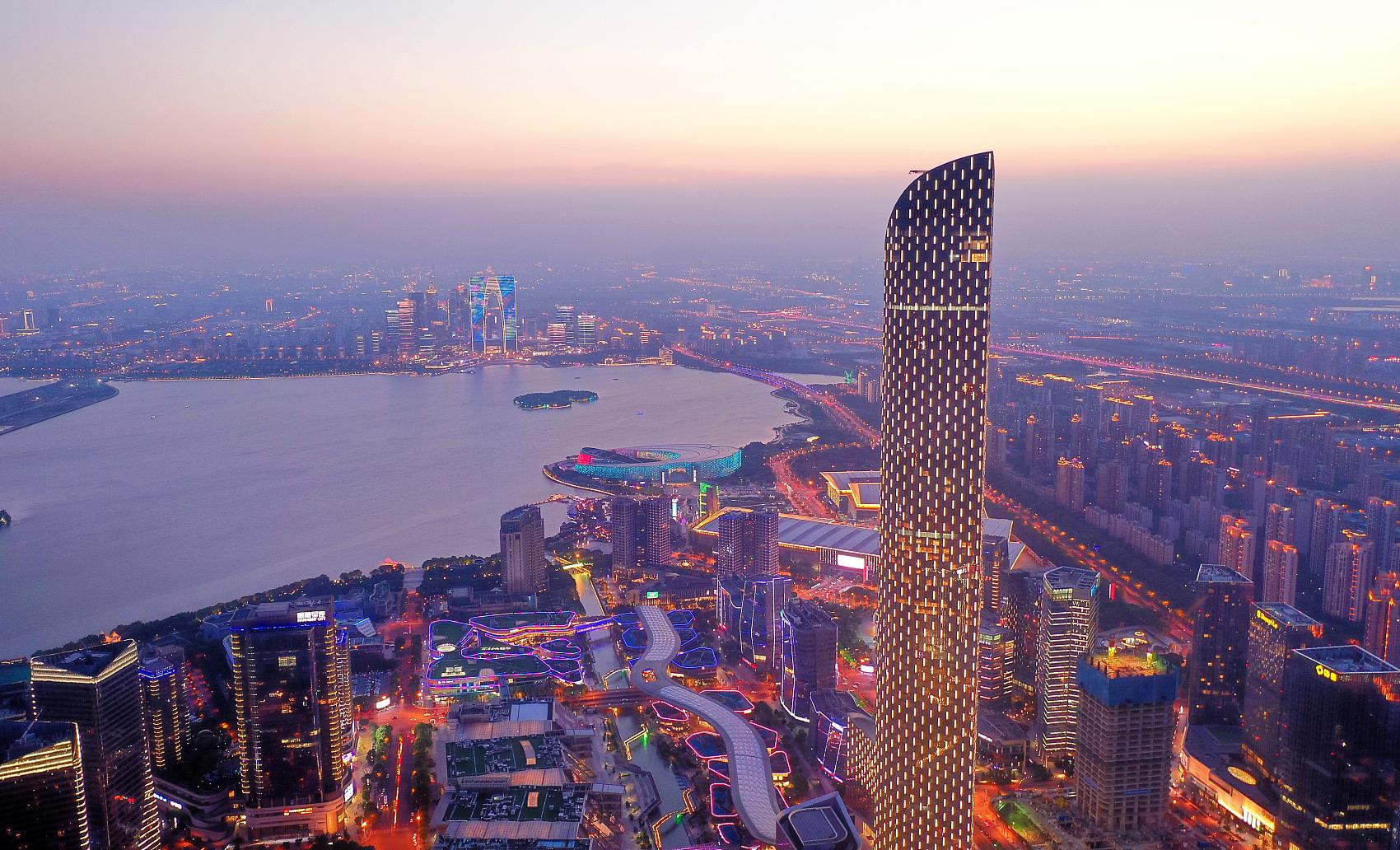 China still attractive to foreign investment despite COVID-19: AmCham Shanghai president