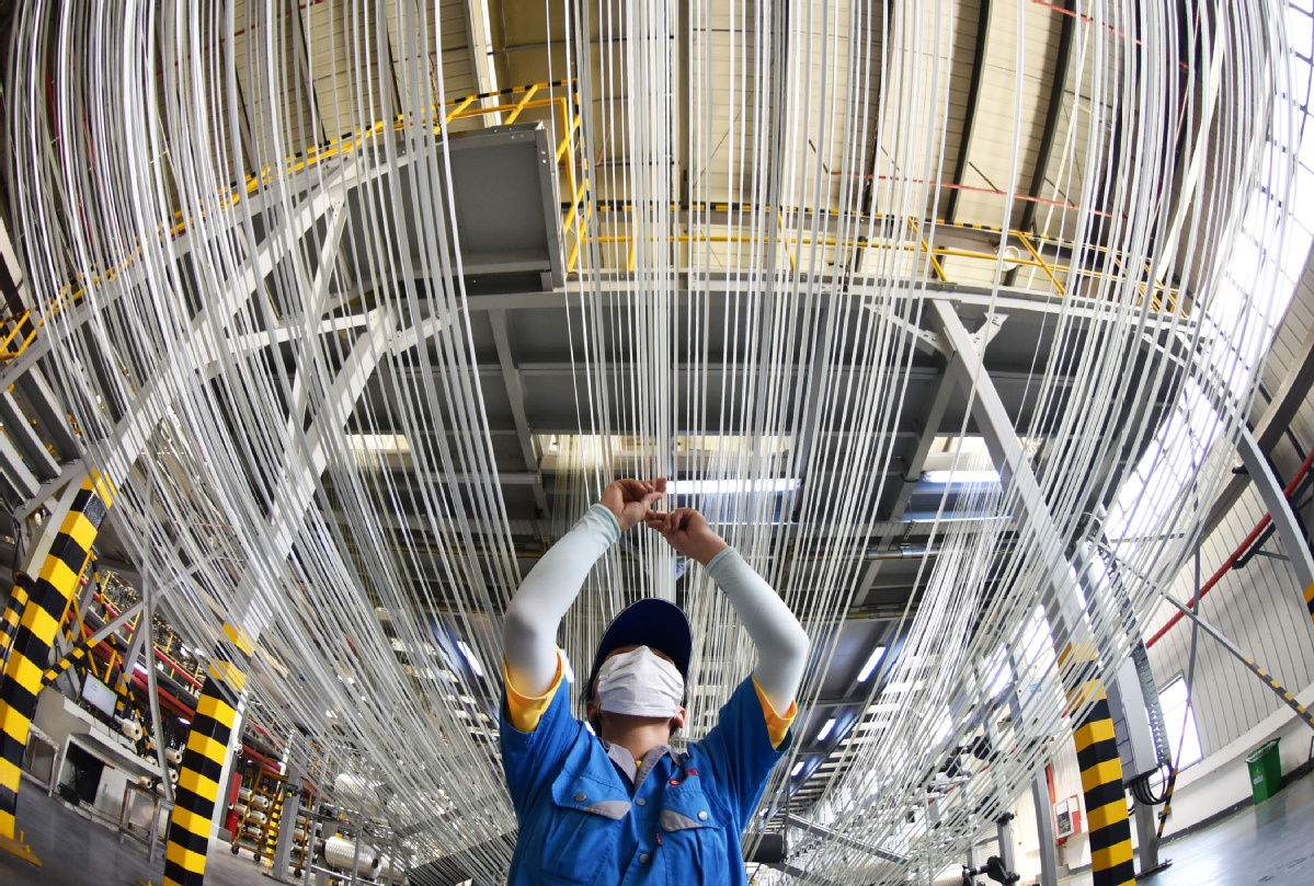 Industrial firms' May profits grow by 6 percent