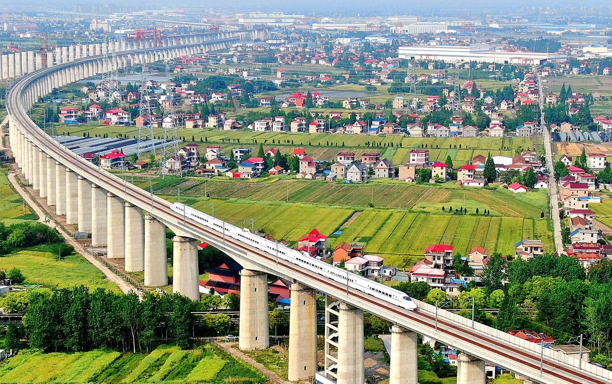 New railways give Yangtze region a push