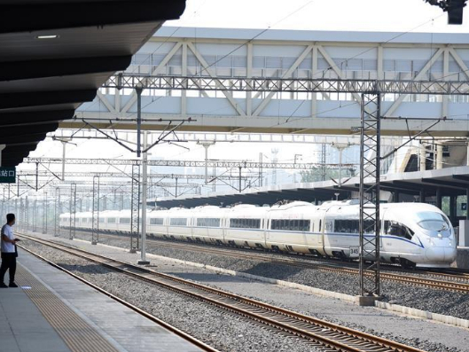 China's railway network to see growth of passenger trips