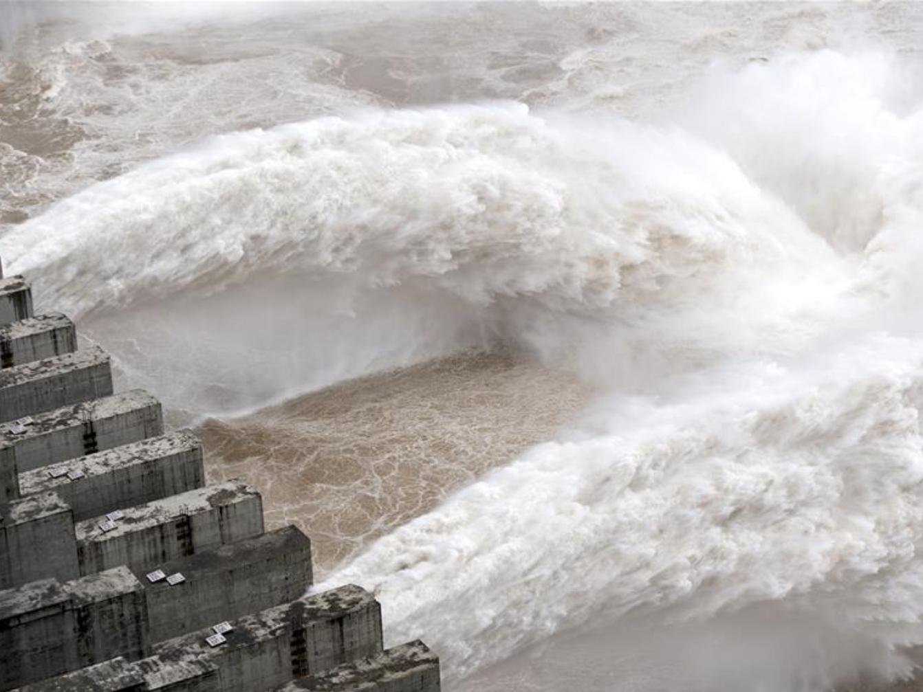 Yangtze River braces for first flood of season