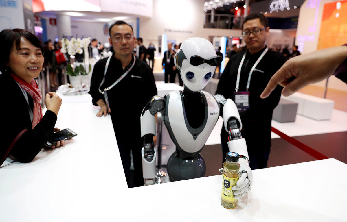 International investment needed to advance use of robots in medical world