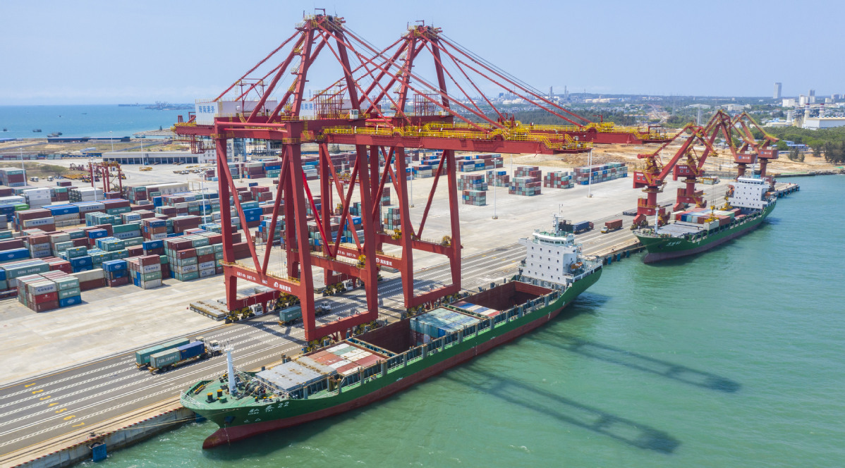 China calls for concerted steps to spur trade
