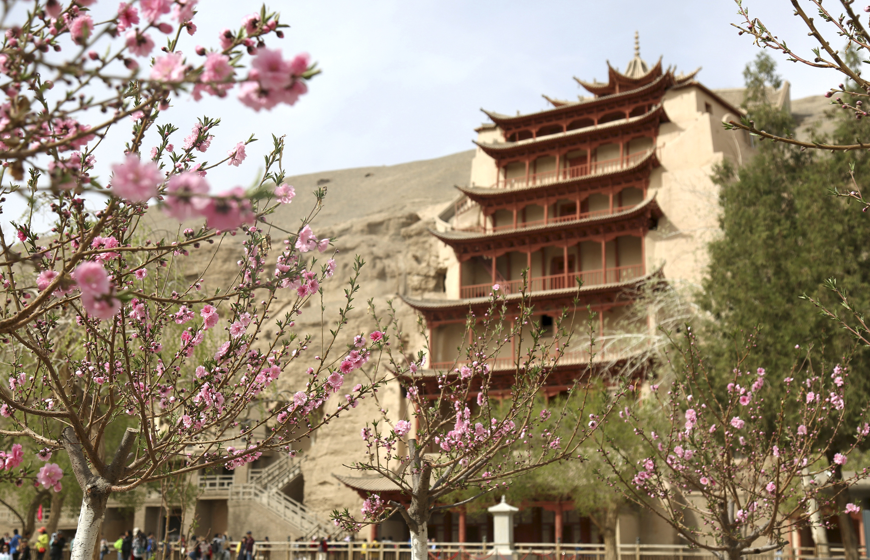 Dunhuang's Mogao Grottoes see tourism boom in June