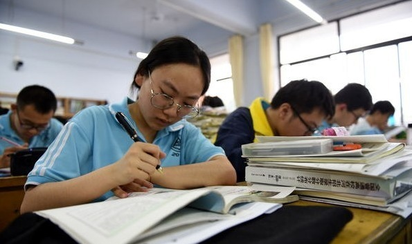 Authorities beef up steps against cheating ahead of gaokao