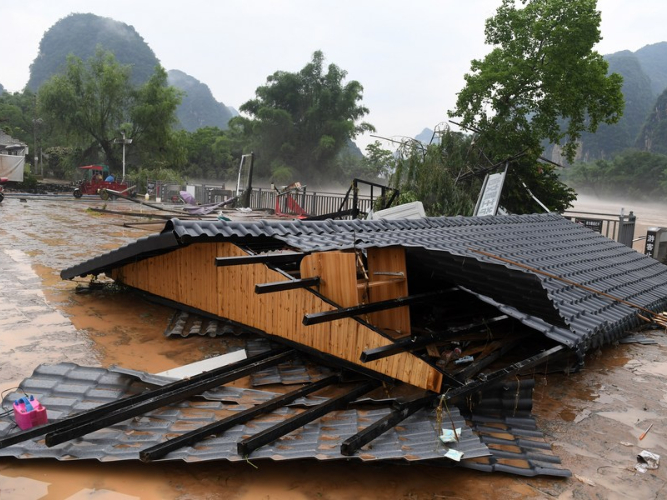 More Chinese regions up flood response levels