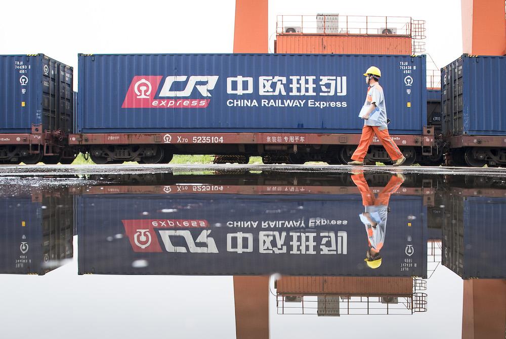 China invests 200 mln yuan to improve China-Europe rail network