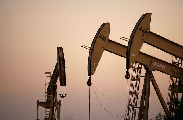 Oil prices decline slightly as traders weigh coronavirus impact
