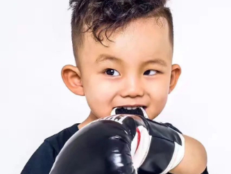 Video of six-year-old Chinese boy boxing goes viral online
