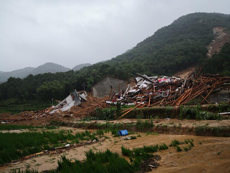 landslide 1.jpg