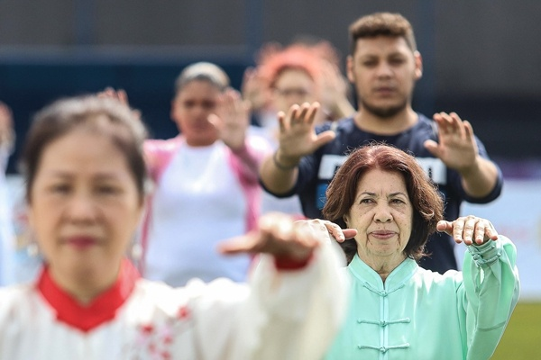 Tai chi boosts healthy China-Greece relations