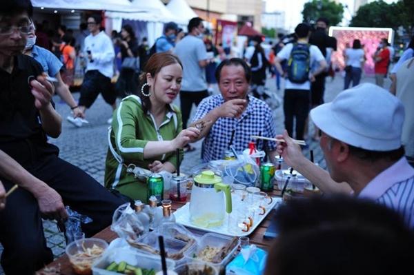 Shanghai festival livelier than ever