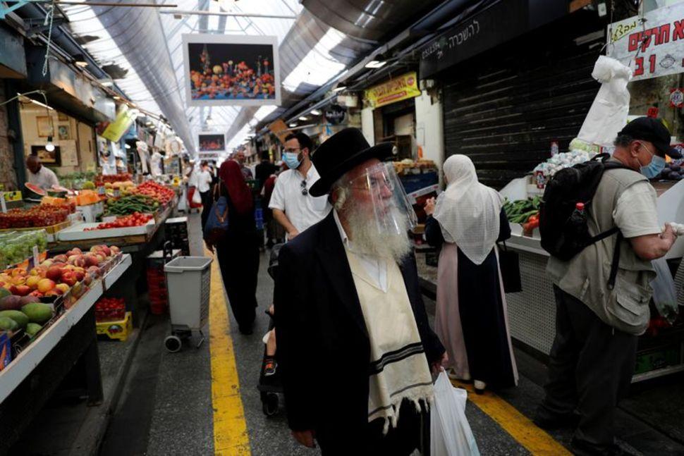 New weekend COVID-19 shutdown imposed in Israel
